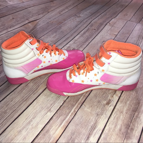 ad394415 Reebok Classic High Tops Pink Orange Stars